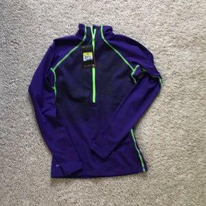 Nike long sleeved pullover
